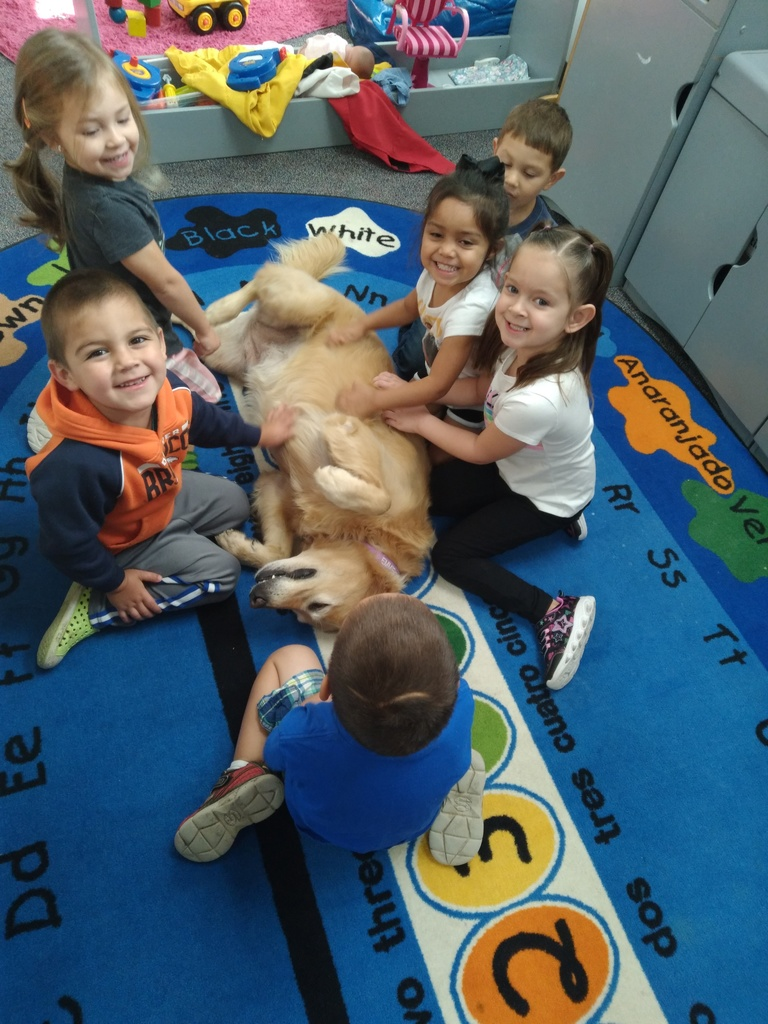 picture of Emmie in daycare class